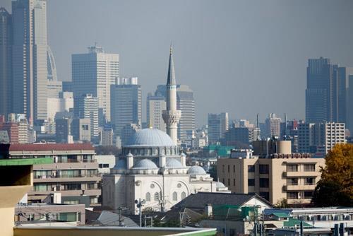 مسجد قدیمی ژاپن اسلام را به مردم معرفی میکند