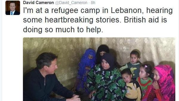 سوری - به درخواست کودکی سوری نخست وزیر بریتانیا ۱۰خانواده پناهجو را با خود به لندن برد
