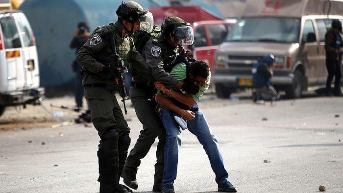 thumbs b c 44806eb9cb927f5999d189dc1a1edad4 1 - سربازان ارتش اسرائیل بیش از ۶۸۰۰ فلسطینی را در سال جاری  بازداشت کرده اند