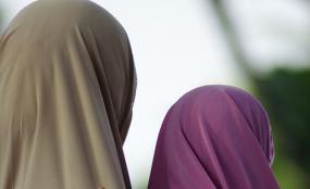 IMG170 - شادمانی مسلمانان لاگوسِ نیجریه از لغو ممنوعیت حجاب در مدارس