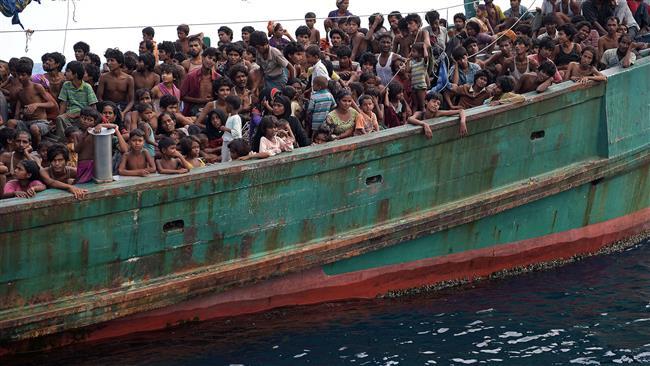 d9e4530a d82c 41de 96b6 2e521f8d3ead - سرگردانی بیش از سه هزار مهاجر روهینگیایی مسلمان در آبهای اندونزی