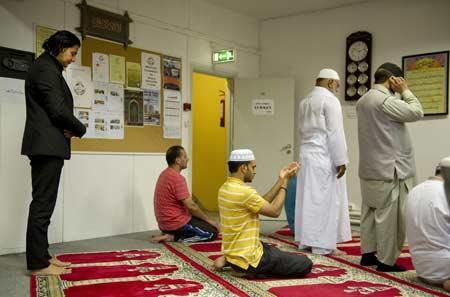 85876776883543778671501722380 - افزایش گرایش جوانان نروژی به دین اسلام