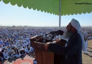 DSCF3818 300x209 - مولانا عبدالحمید :وقت آن نیست که با مرزبندی شیعه و سنی، خود را از هم جدا کنیم