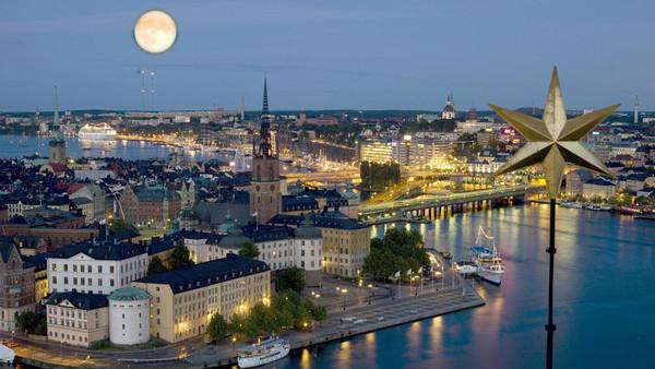 9481ccbb f5c3 4e3f 82e0 c88f23259879 16x9 600x338 - پادشاه سوئد درهاى کاخ سلطنتى را به روى پناهندگان باز مىکند