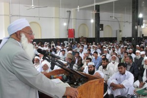 molana gorgij - مولانا گرگیج: مسلمانان برای مقابله با توطئه های قدرت های شرق و غرب اتحاد و انسجام داشته باشند