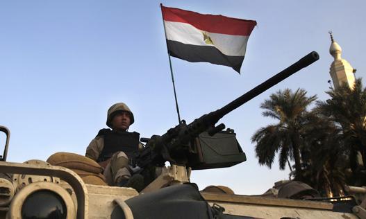 Egypt security - همزمان با نزدیک شدن به سالروز انقلاب در مصر، آماده باش امنیتی اعلام شد