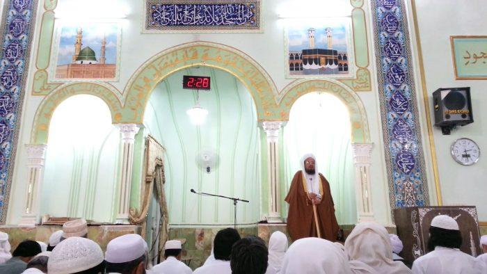 molana sadati 2 - خطیب جمعه اهلسنت سراوان: با برنامه ریزی از فرصت ماه مبارک رمضان استفاده کنیم