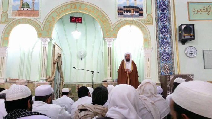 ts - مولانا ساداتی: عمل به تعالیم قرآن کریم و سنت نبوی انسان را از گناه و فتنه باز می دارد