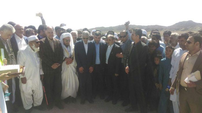 IMG 20171021 020552 - مولانا ساداتی:  استان سیستان و بلوچستان و شهرستان سراوان تا کی با صفت محرومیت متصف باشد